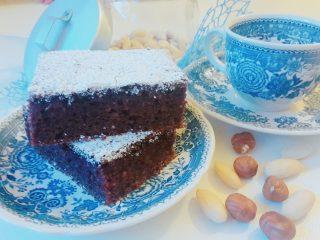 torta morbida di nocciole e mandorle