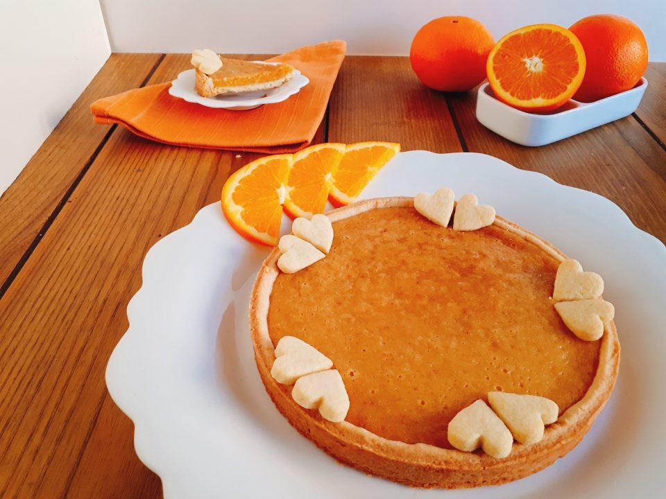 crostata con ripieno di marmellata di arance