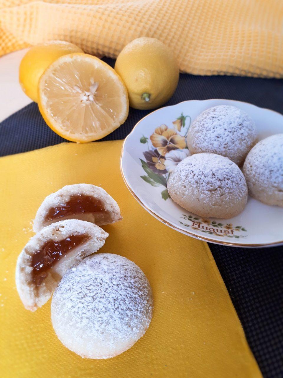 biscotti ripieni al limone