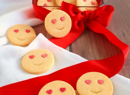 Biscotti LOVE emoticon