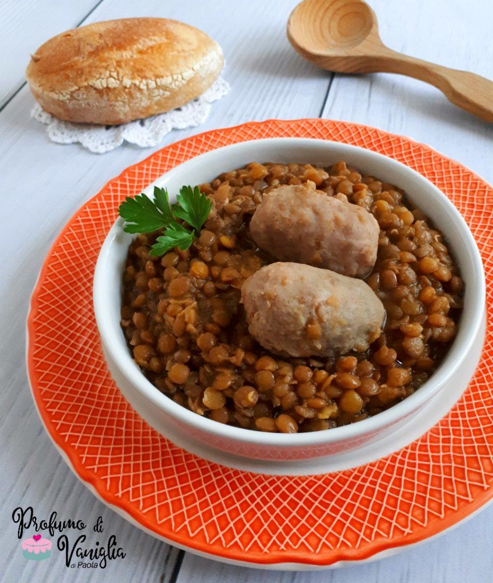 lenticchie rosse e salsiccia
