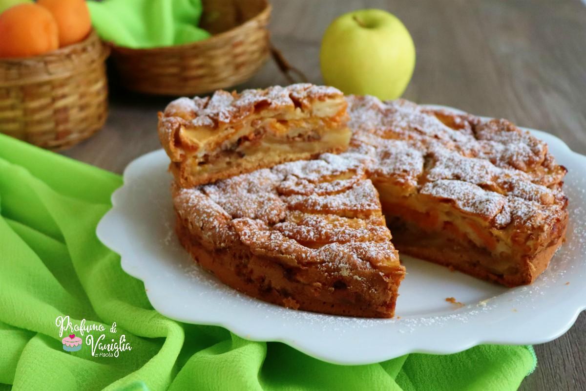 torta con mele e albicocche