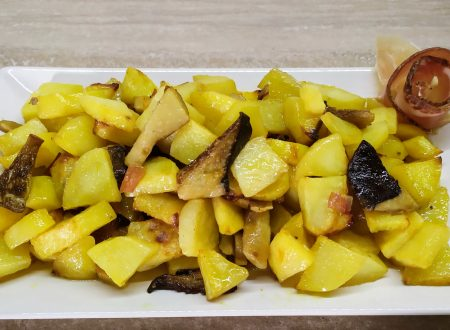 Patate al forno con funghi cardoncelli e speck