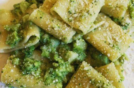 Paccheri ai broccoli e pecorino