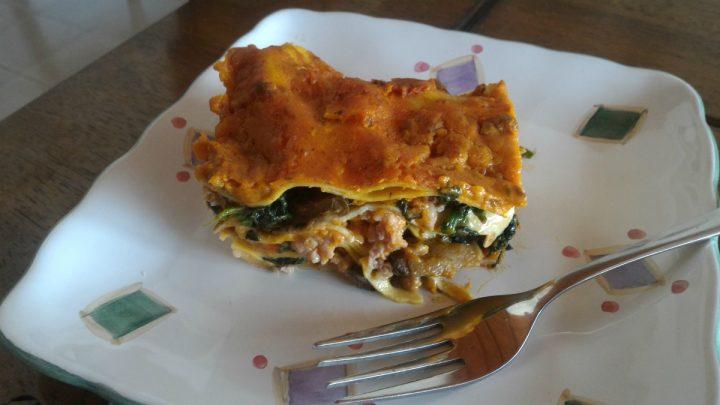 Lasagne salsiccia, porcini e spinaci