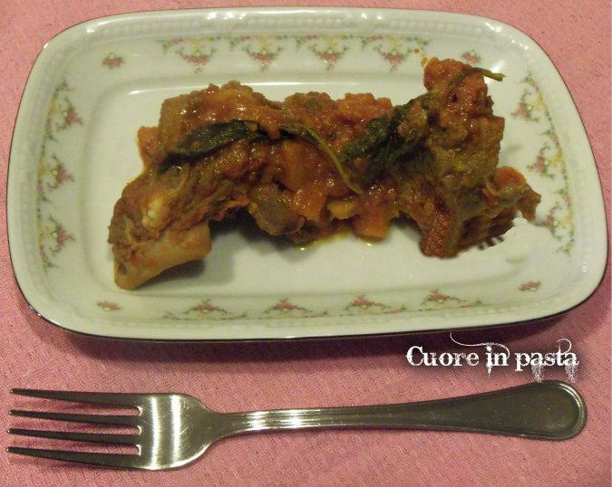 Pecora al sugo, tipico piatto sardo