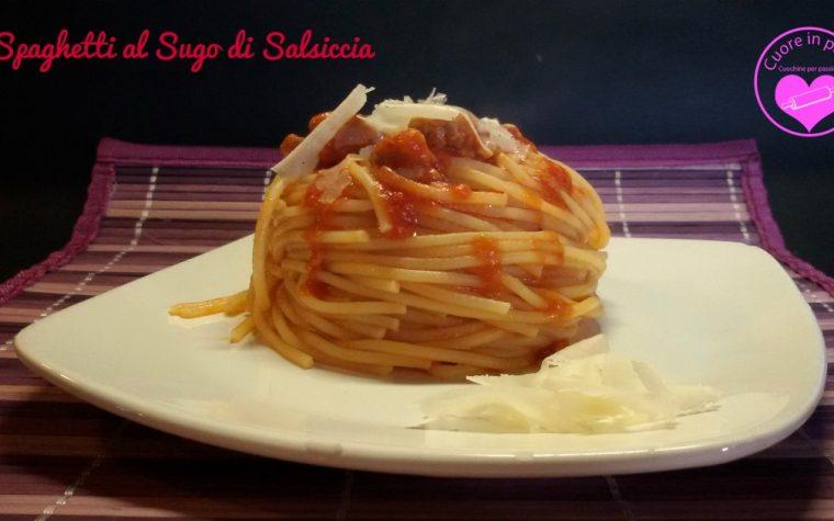Spaghetti al sugo di salsiccia