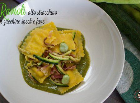 Ravioli allo stracchino con zucchine speck e fave