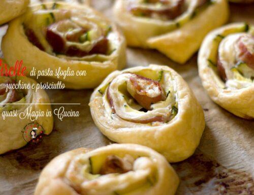 Girelle di pasta sfoglia con zucchine e prosciutto, finger food