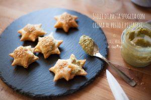 Stelle di pasta sfoglia con crema al pesto e pistacchi