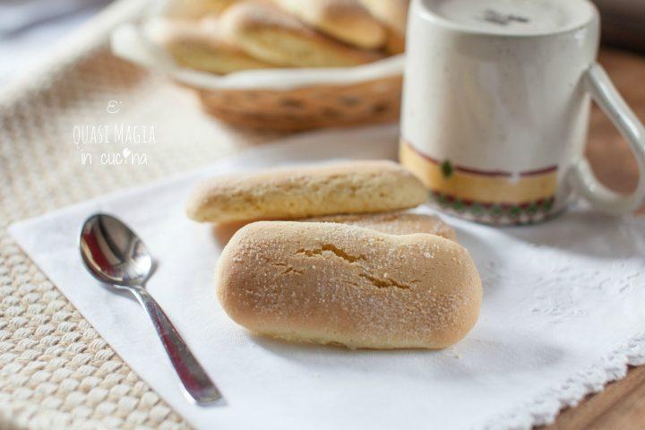Biscotti da inzuppo con ammoniaca