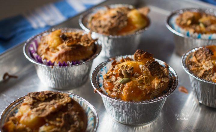 Muffin alle albicocche con fiocchi di cereali