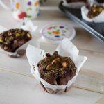 Muffin al cacao con crema al pistacchio