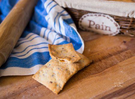 Ricetta Crackers croccanti con semi