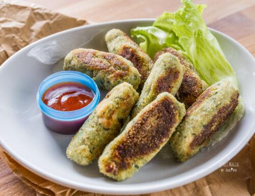 Bastoncini di pollo e verdure in padella