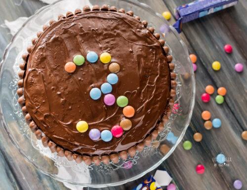 Torta di compleanno al cioccolato facile