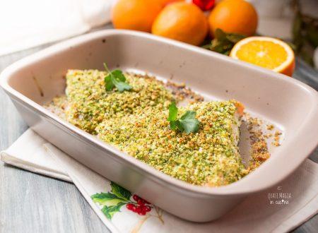 Salmone in crosta di pistacchi e arancia