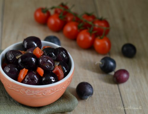 Olive dolci (Nolche) al pomodoro
