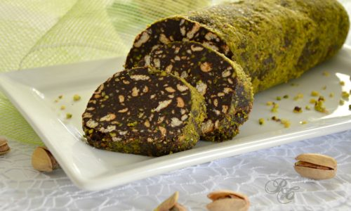 Salame di cioccolato al pistacchio