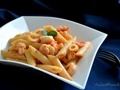pasta salmone gamberetti