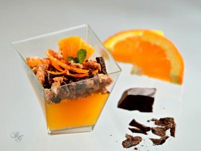 bicchierini con gelatina di arancia