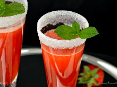 aperitivo al prosecco e fragole