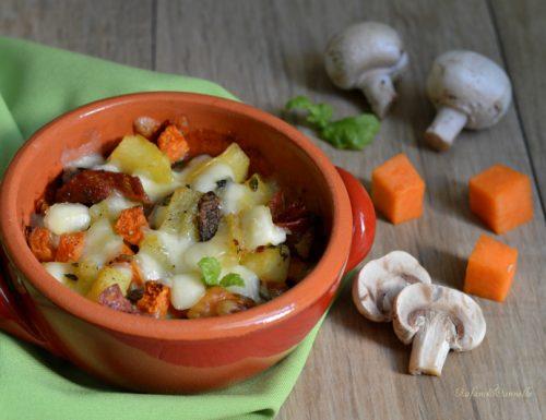 Terrina di zucca, patate e funghi