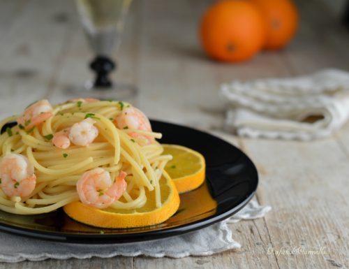 Spaghetti con gamberi agli agrumi