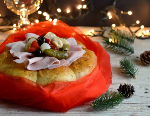 Fiore di pan brioche – centrotavola natalizio