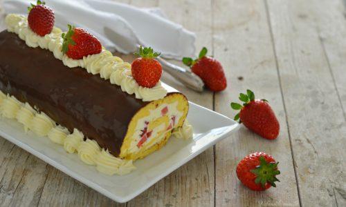 Rotolo alle fragole e cioccolato