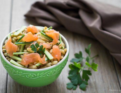 Kamut con zucchine e salmone