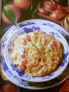 Tagliolini con gamberi e salsa di arancia