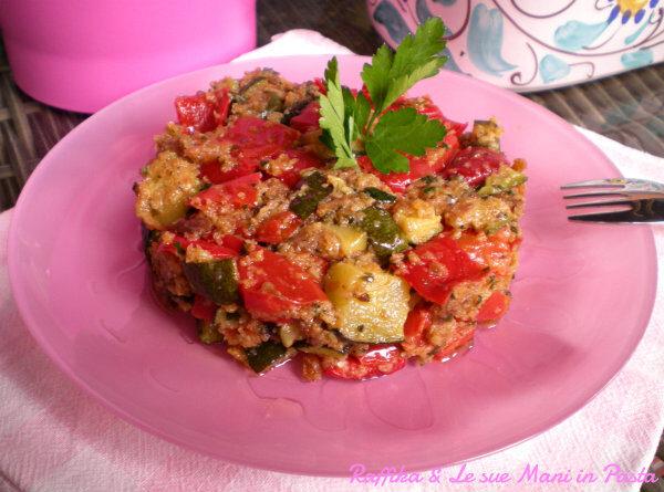 Dadolata di peperoni e zucchine