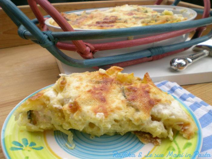 Pasta al forno con le zucchine (fetta)