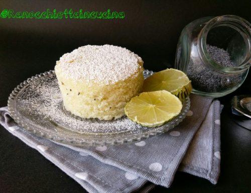 Torta all'acqua aromatizzata al limone