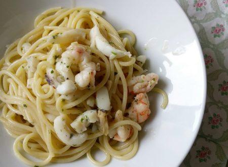 Spaghetti risottati con sughetto di pesce