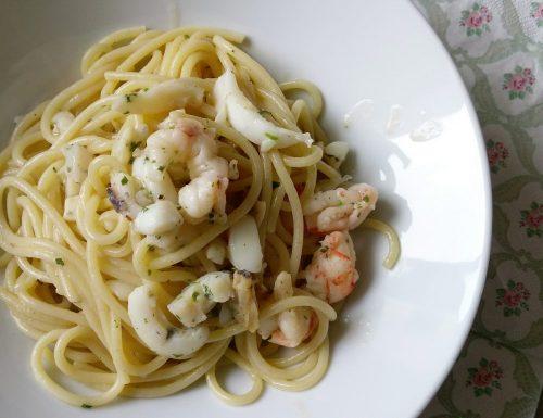Spaghetti risottati con sugo di pesce
