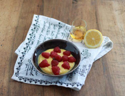 Crema aromatizzata al rhum e limone