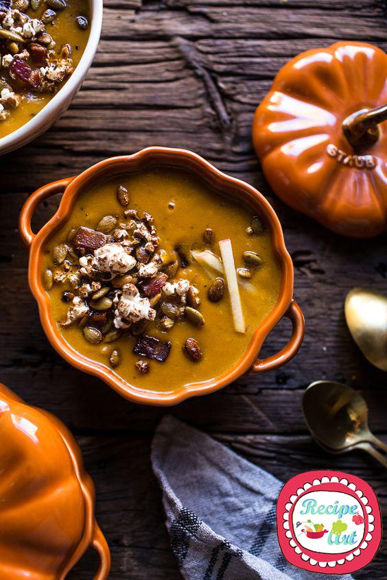 Zuppa di zucca e salsiccia croccante