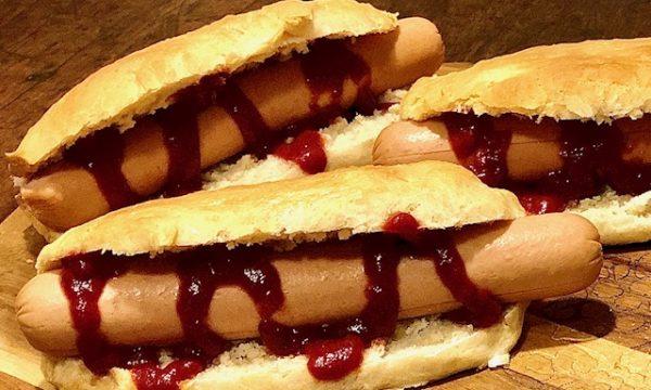 Hot dog fatti in casa