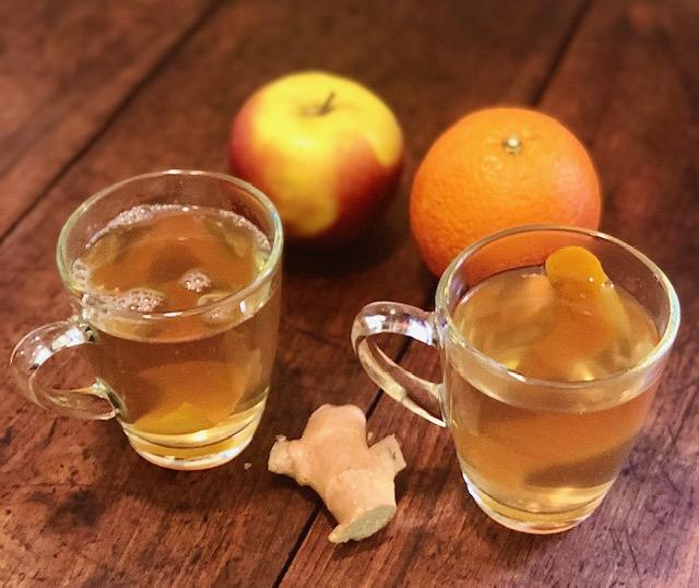 Decotto di scorza di arancia e buccia di mela