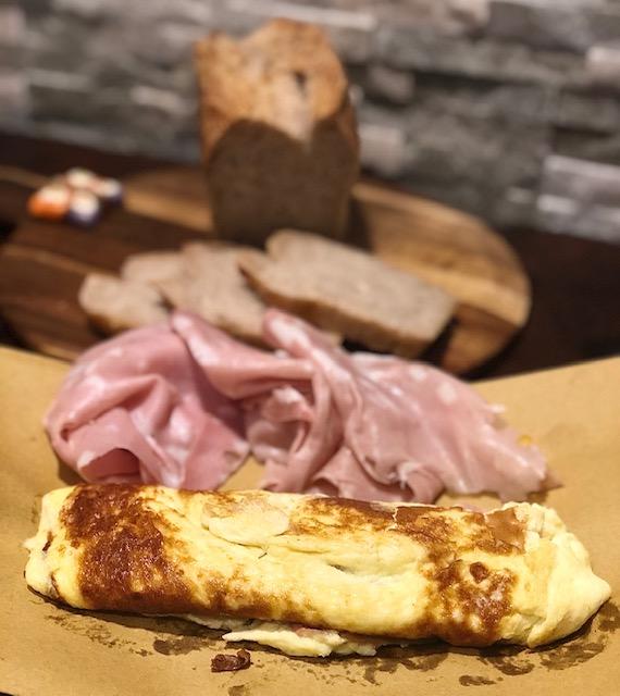 Omelette alla mortadella