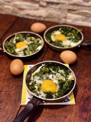Spinaci con le uova