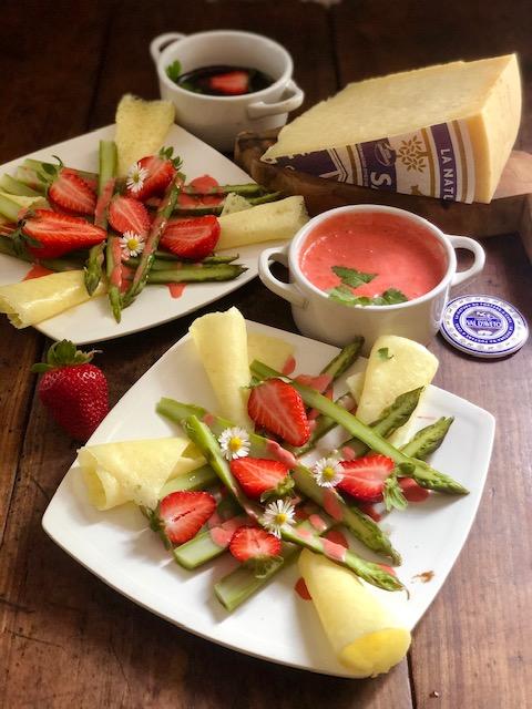 Asparagi, fragole e cialde di San Stè