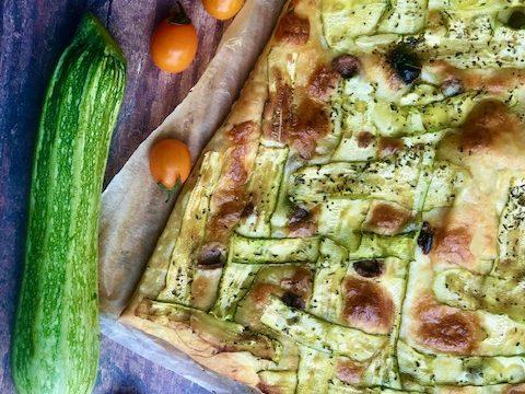 Sfogliata di zucchine e formaggio