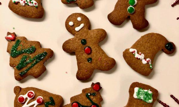 Biscotti di Natale al miele e zenzero