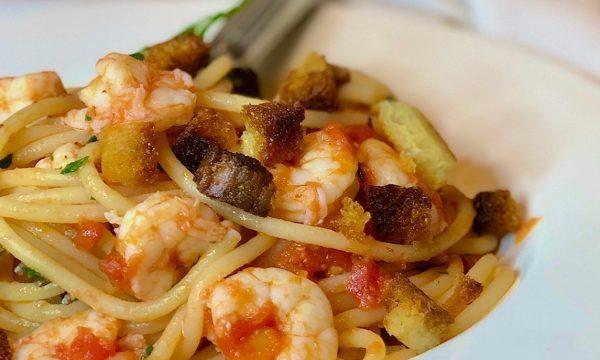 Spaghetti al sugo di gamberi e zenzero