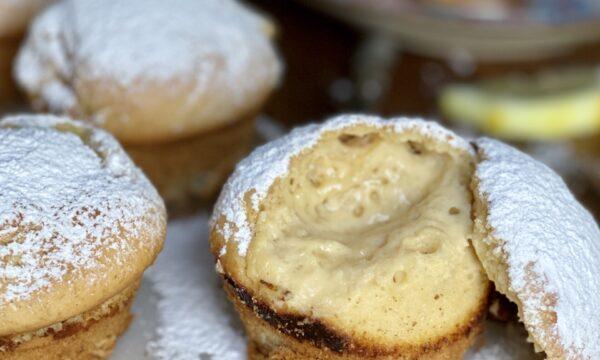 Muffin ripieni di crema di limone