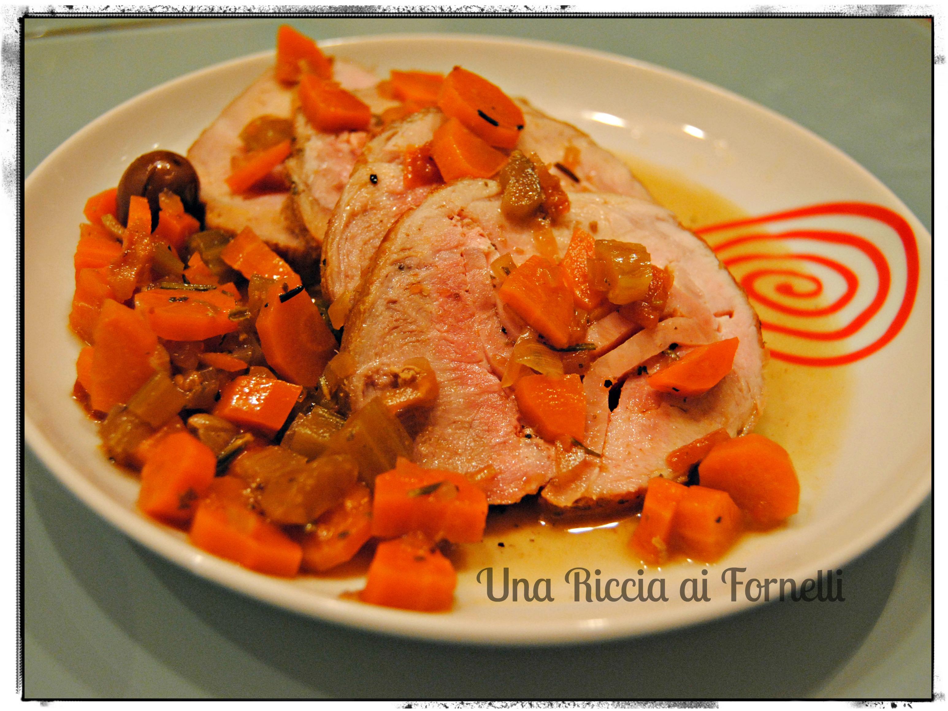 Rotolo di maiale con verdure morbide