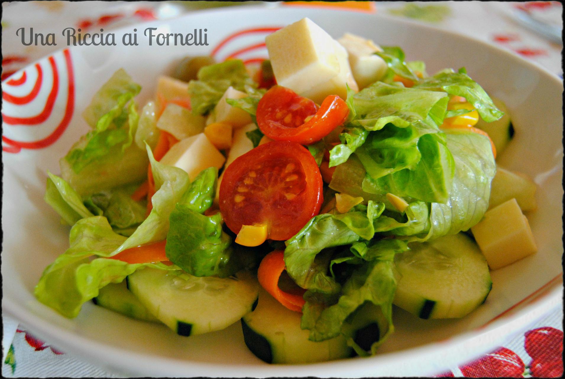 Insalatona ricetta salva pranzo una riccia ai fornelli - Cena tra amici cosa cucinare ...